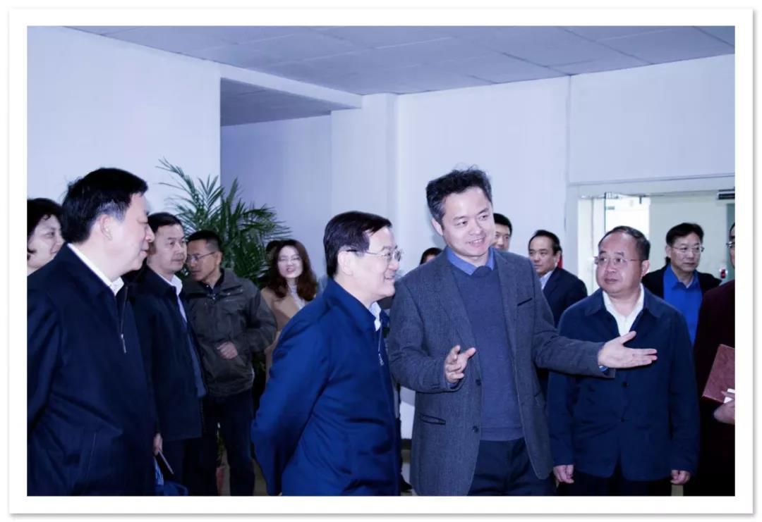 中央统战部副部长、全国工商联党组书记徐乐江一行 莅临信捷调研